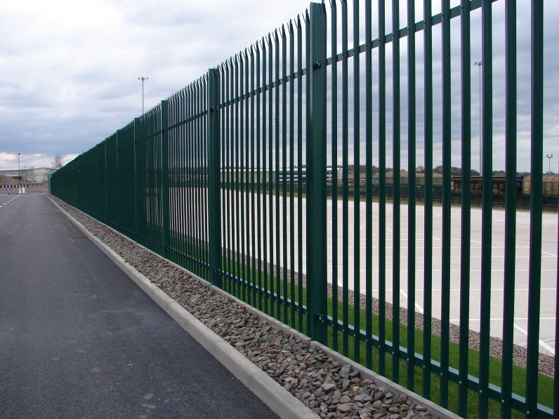 The brilliant benefits of steel palisade fencing